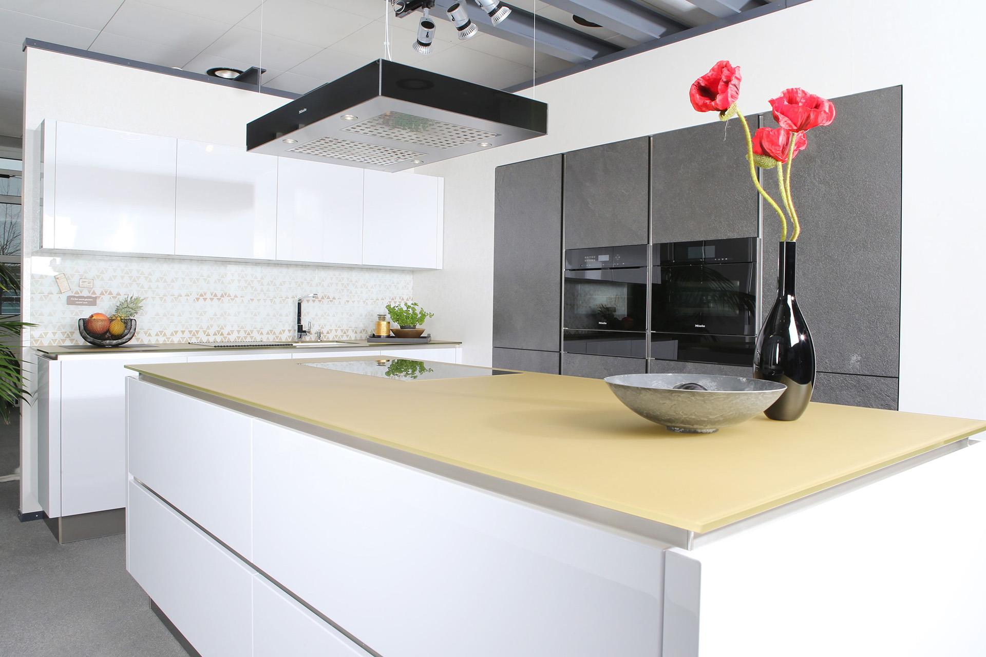 Küchenausstellung von Küchenstudio Lorinser